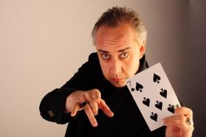 Moderation Ihrer Veranstaltung durch Michel Doré gepaart mit Magie und Mentalismus